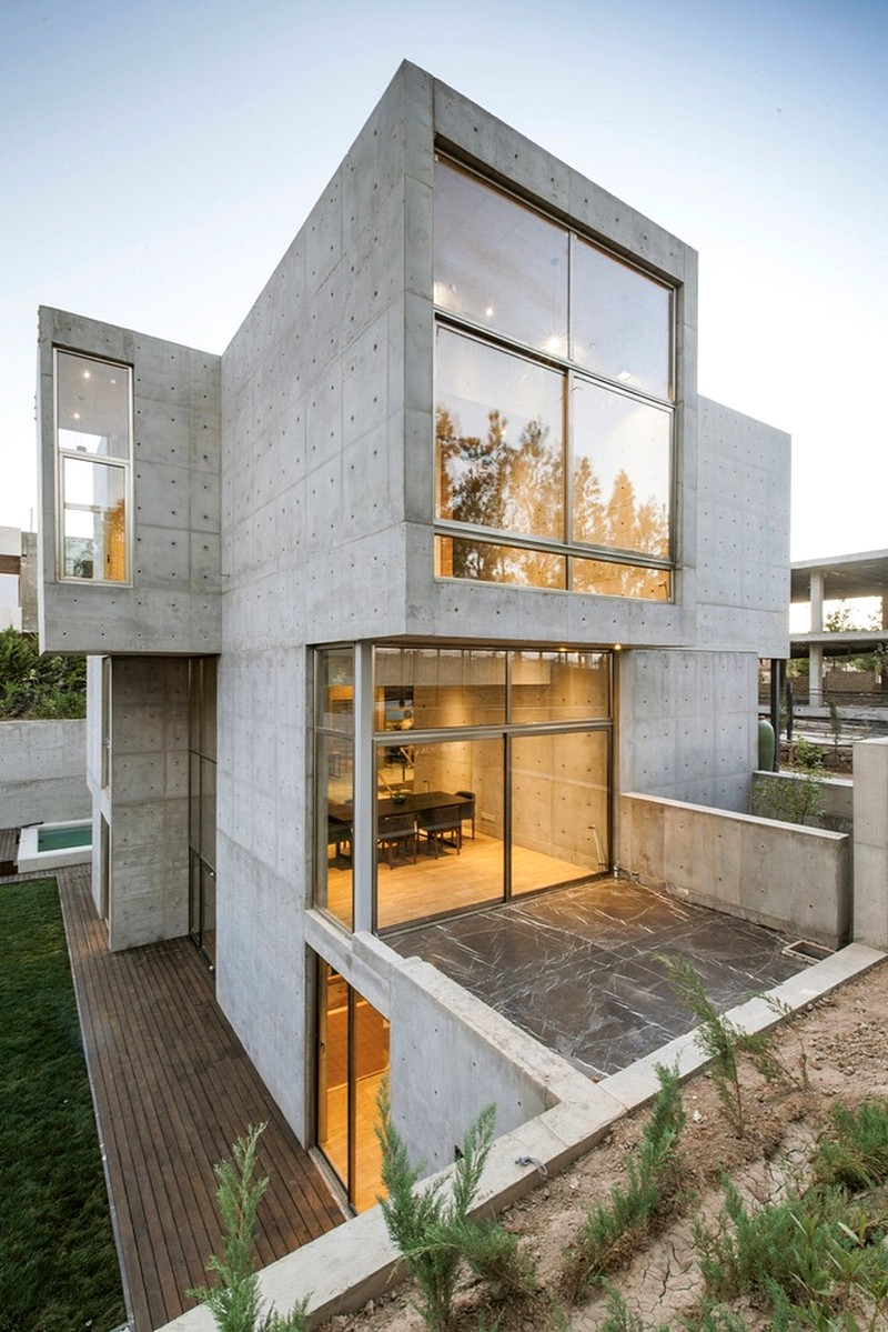 Isfahan House by Bracket Design Studio / Iran