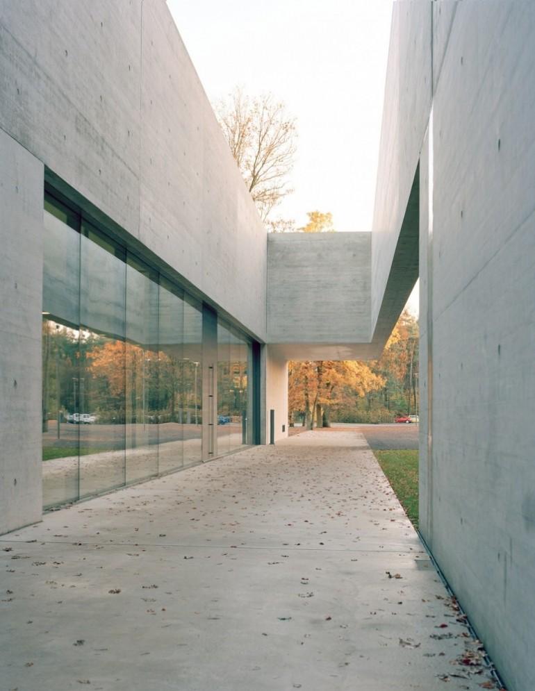 documentation center of bergen belsen memorial ksp j rgen engel architekten on inspirationde. Black Bedroom Furniture Sets. Home Design Ideas