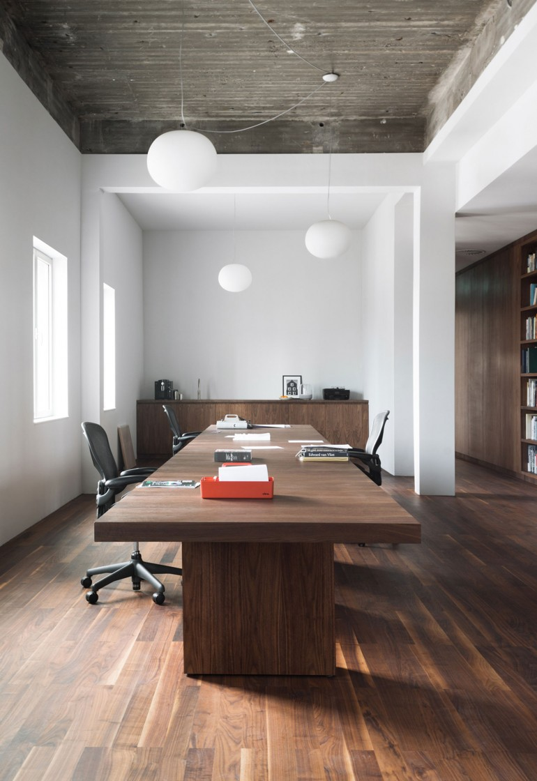 De Bank: KAAN Architecten's New Office in Rotterdam