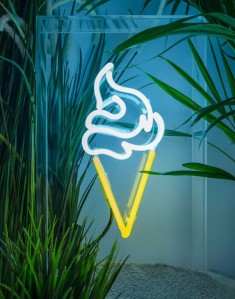 Ice Cream – Standing Neon Sign