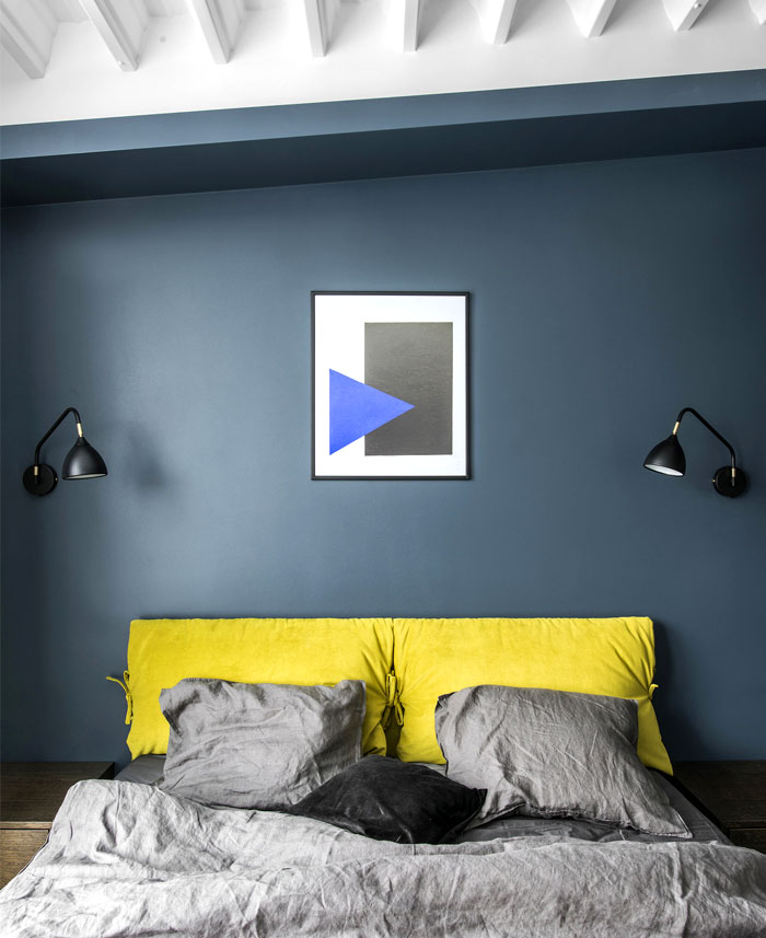 Bedroom Decor  by Interjero Architektura
