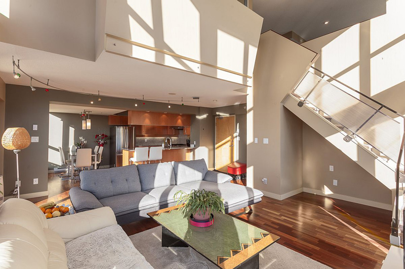 Urbane Vancouver Loft Merges with Advanced Living