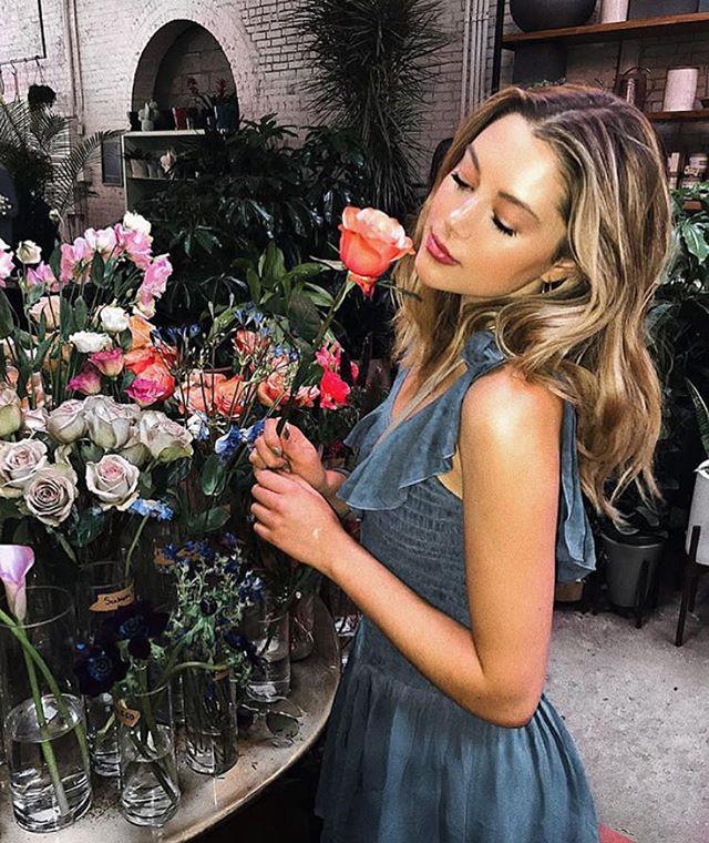 women like a rose…..