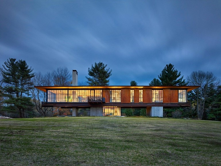 Berkshire Retreat Offers Stupendous Views of Massachusetts