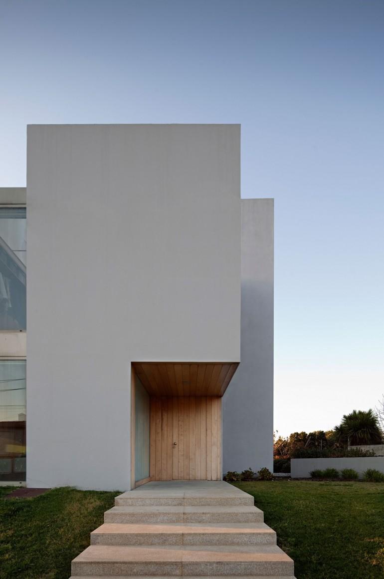 Paramos house paramos espinho portugal on inspirationde for Architecture 770