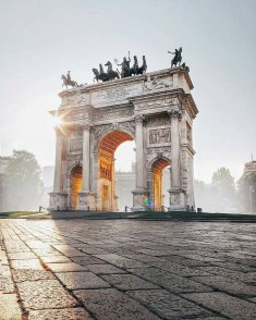 Milan, Italy 🇮🇹 by @brahmino