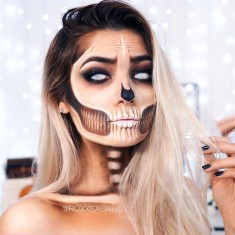 'Bronzed Skull' Halloween Makeup by roxxsaurus