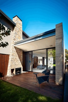 Grasmere House in Melbourne by Bryant Alsop