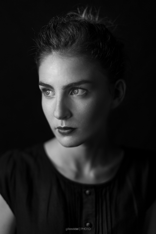 Portrait – Nelly by Gilles Vidal