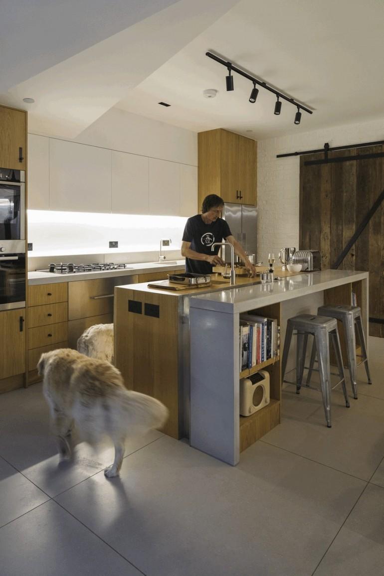 Black Ridge House / Neil Dusheiko Architects