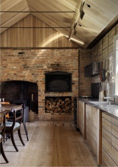 Captain Kelly's Cottage / John Wardle Architects