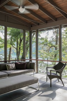 Fontana Lake House / Samsel Architects