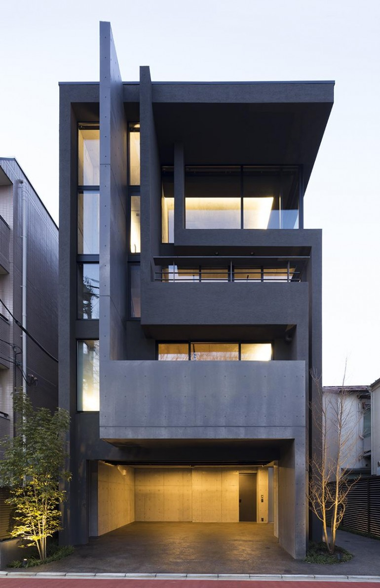 OKM: 4 story building designed for a private residence and apartment in Tokyo by Artechnic