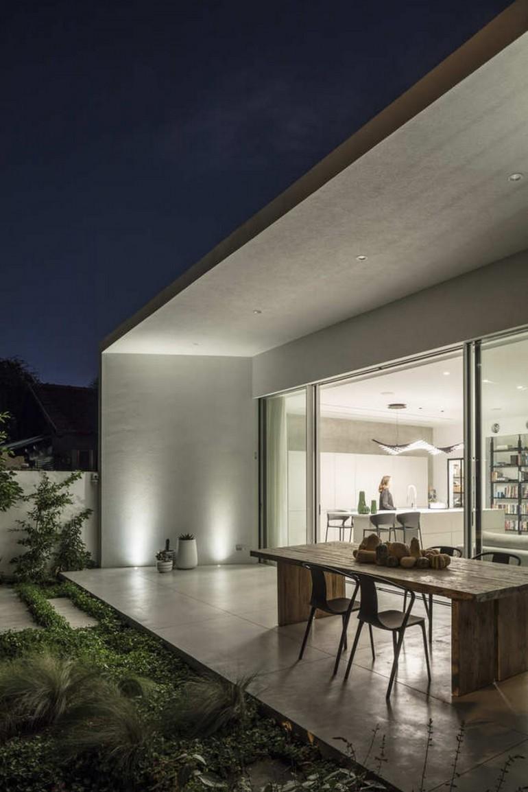 Ramat Hasharon House / Tal Goldsmith Fish Design Studio