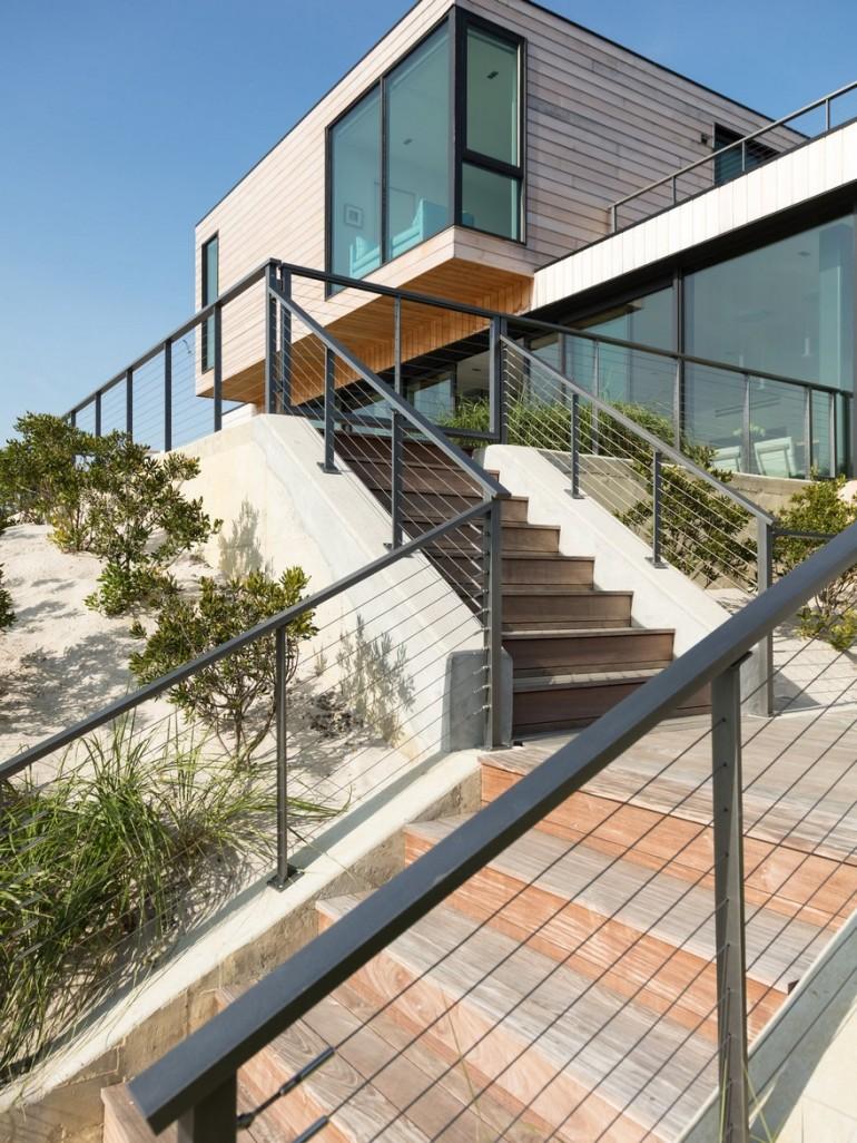 Sea Bright Beach House / Raad Studio