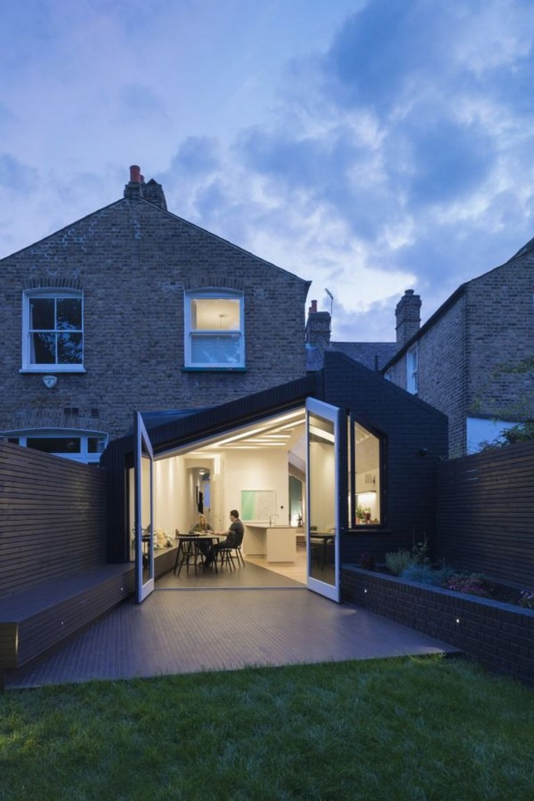 Taper House / Mustard Architects