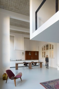 Eklund Terbeek Architecten Designs a Spacious Apartment in a Former School