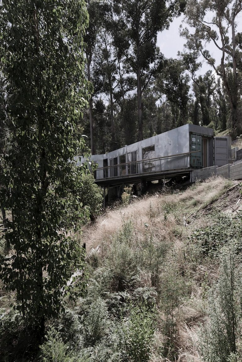 Container Vacation House on the Surf Coast Made from Three 20ft Shipping Containers