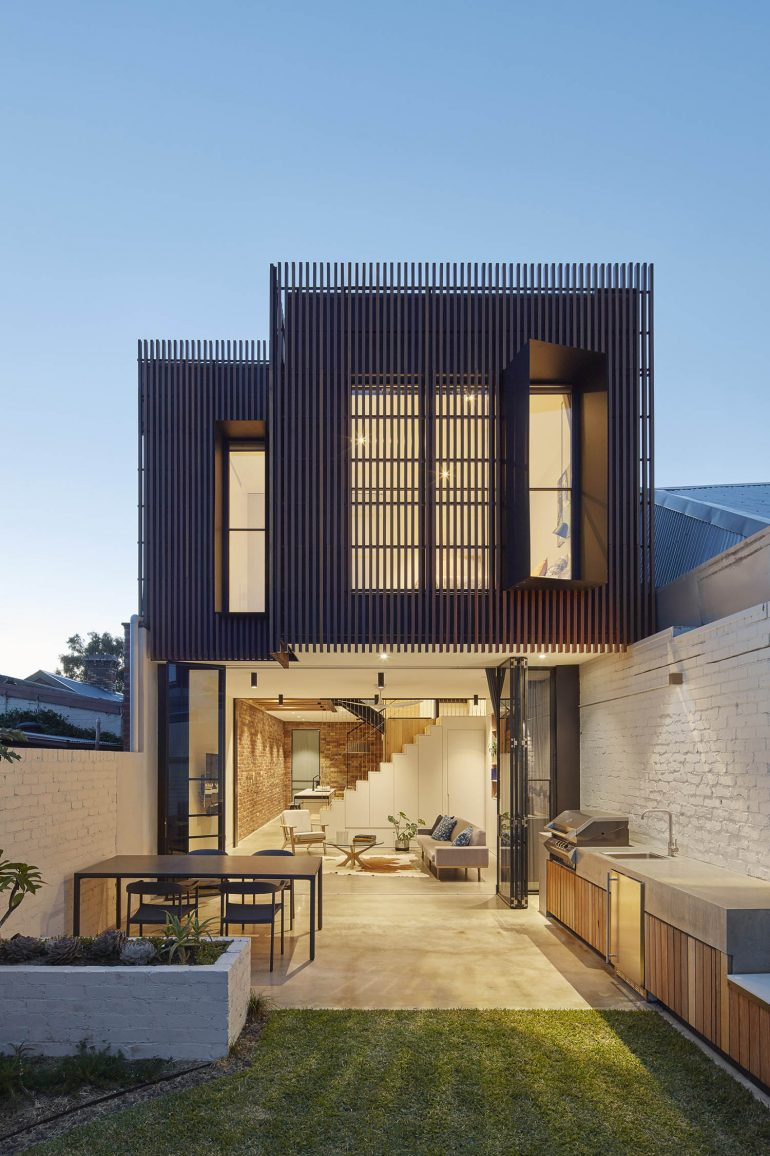 Fitzroy North House by MMAD Architecture