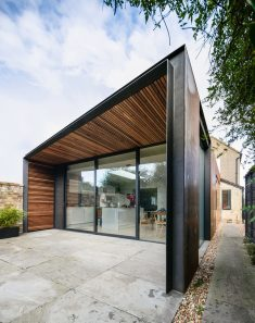 Lode House in South East England by Henry Goss Architects