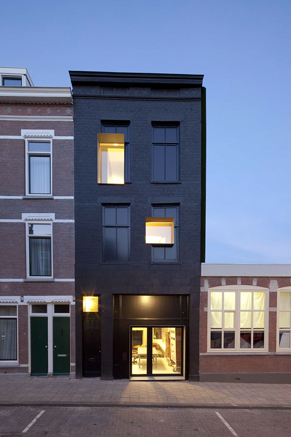 Black Pearl by Zecc Architects