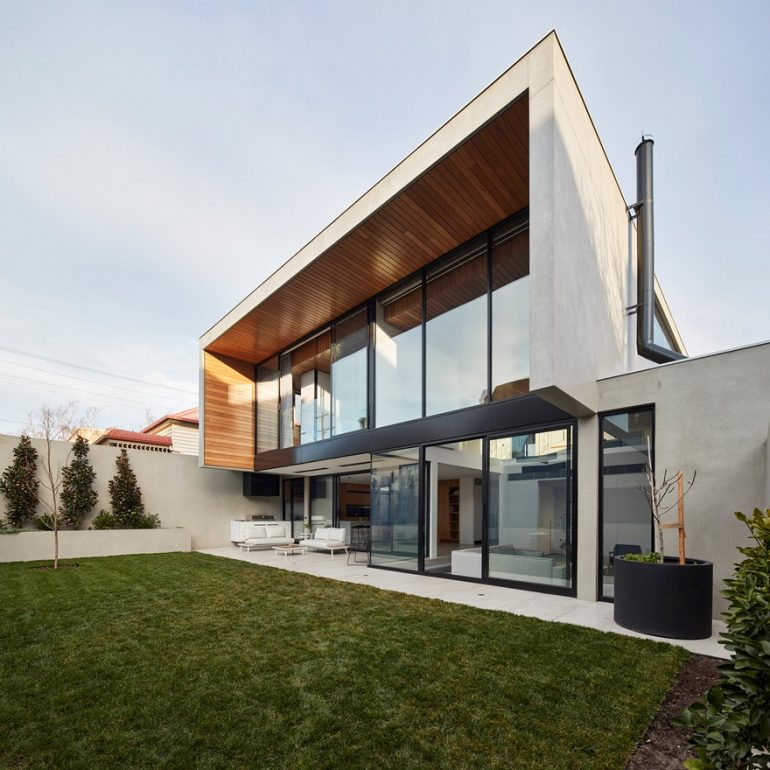 Light-Infused Contemporary Family Home in Ascot Vale, Victoria
