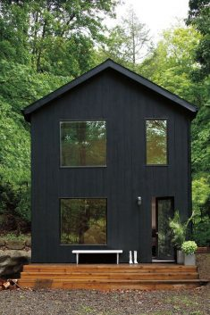 Black Curb Appeal