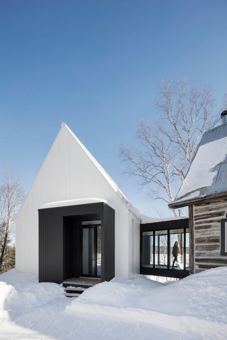 Charming Traditional House Gets a Modern Extension
