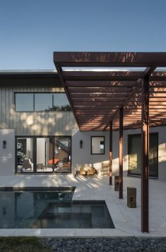 Interstruct, Inc. Turned a Former Parking Lot into a Warm and Modern Home