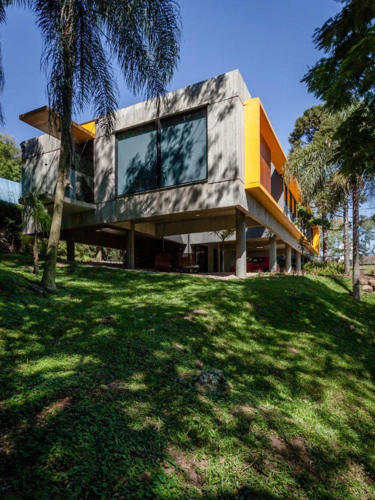 Santa Ana New Headquarters by Lineastudio Arquiteturas