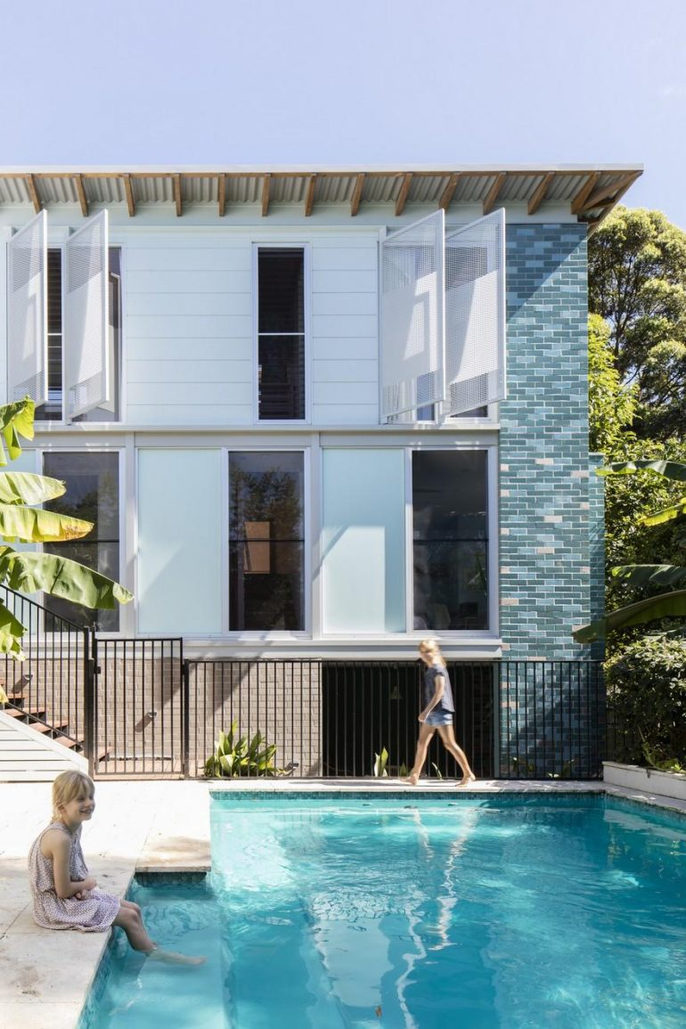Old Weatherboard House in Sydney Gets Modern Addition