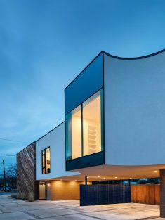 Bluebonnet Townhomes by Michael Hsu Office of Architecture