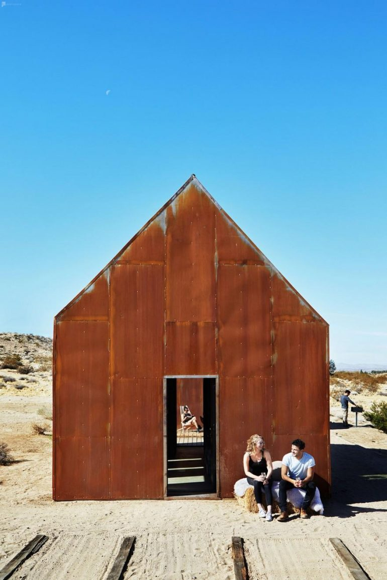 Off-Grid Cabin in Joshua Tree National Park