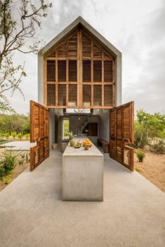 Retreat ideas / Tiny House by Aranza de Ariño