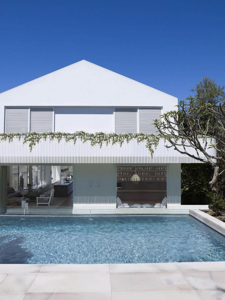 An Existing 1950s Suburban House in Sydney Gets an Elegant Refresh
