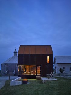 Enough House – Steel-Clad Cabin in Nova Scotia / MacKay-Lyons Sweetapple Architects