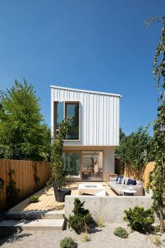 Saint George House / Falken Reynolds Interiors
