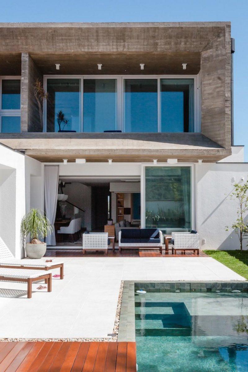 Santa Maria House / Lineastudio Arquiteturas