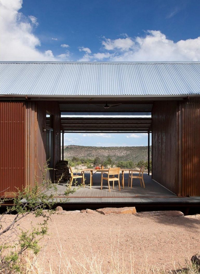 Off-the-Grid Porch House in West Texas: The Prow