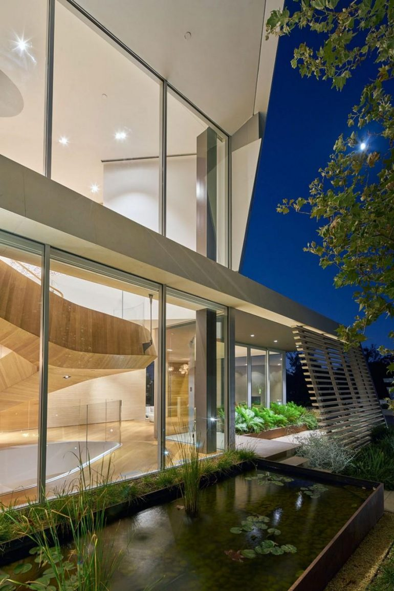 Tree Top Residence / Belzberg Architects
