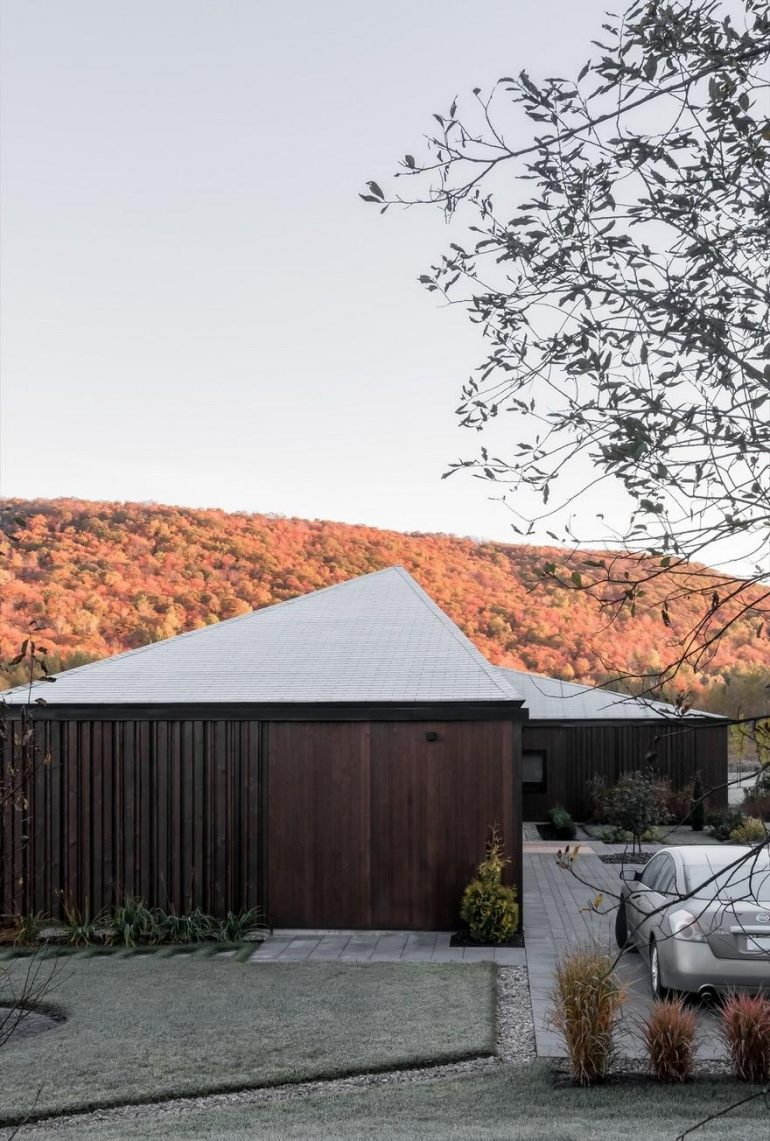 Vallée du Parc Residence / Chevalier Morales Architectes