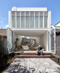 Victorian Cottage in South Yarra