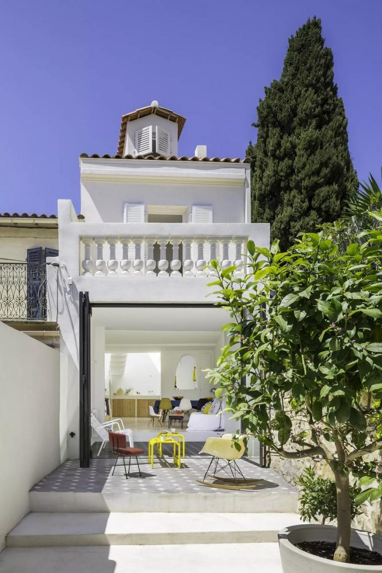 Small Fisherman's House in Toulon Transformed into a Bright Family Home