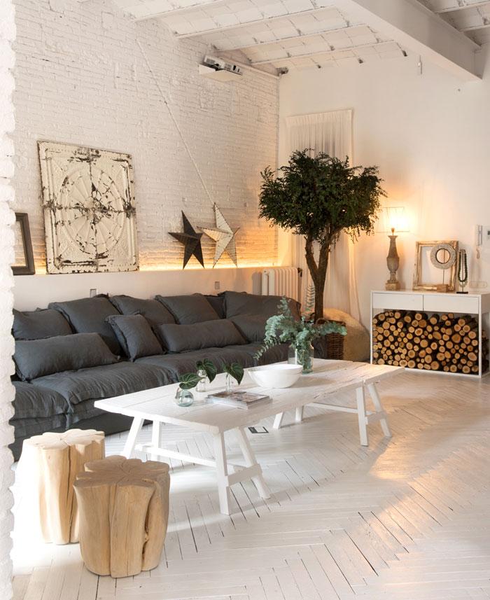 Home in Barcelona by Marta Castellano
