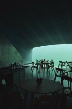 """""""Under"""" – Europe's First Underwater Restaurant / Snøhetta"""