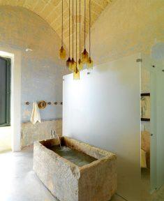 Rustic Bathroom Design and Decor Ideas